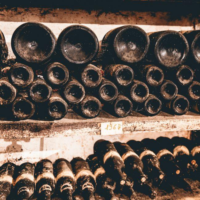 Foto storica bottiglie Azelia